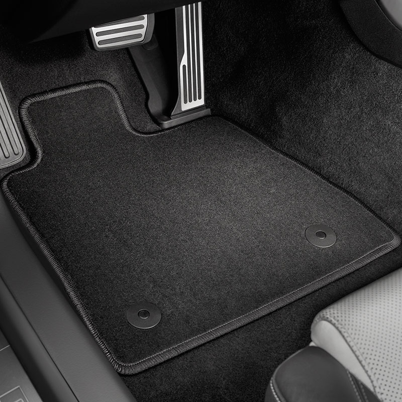 2016 Camaro Front Carpet Replacement Floor Mats, Black